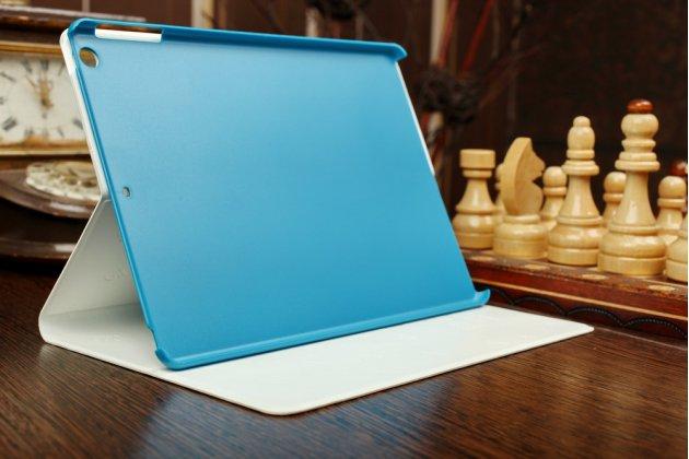 """Чехол для iPad Air """"кислотная тематика с черепами"""" белый кожаный"""